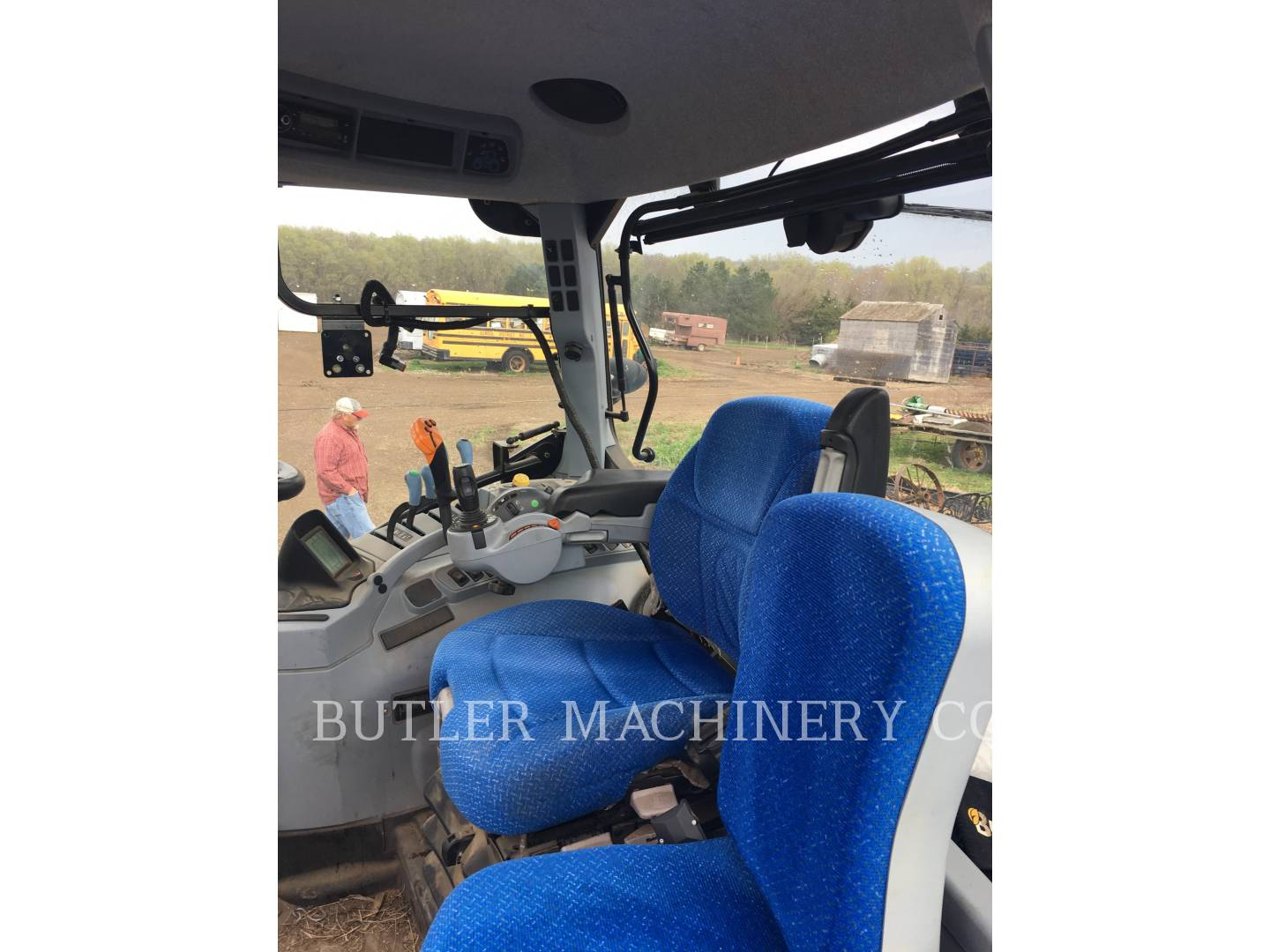 Detail photo of 2012 Ford T7.200 from Construction Equipment Guide