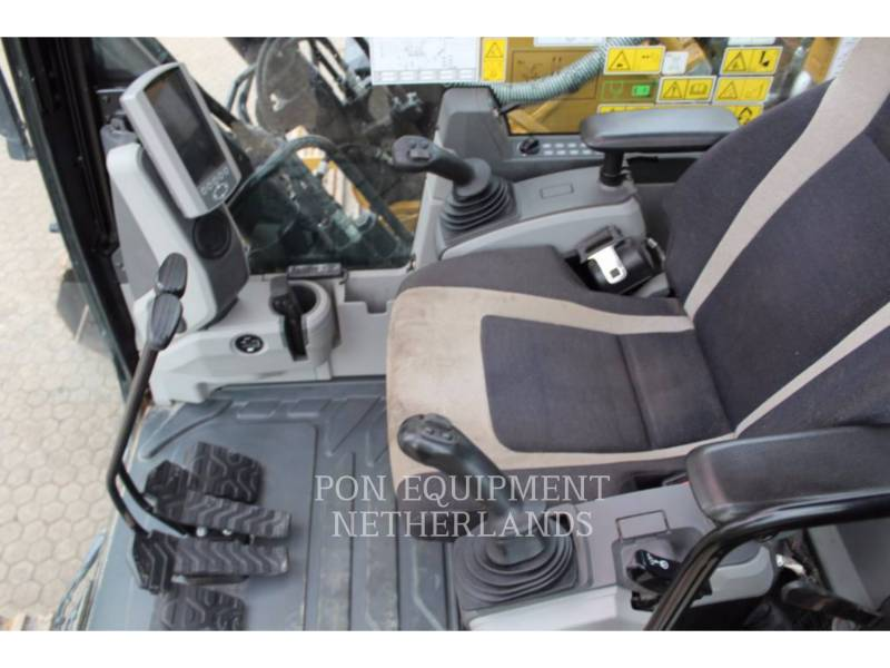 CATERPILLAR TRACK EXCAVATORS 323 EL equipment  photo 9