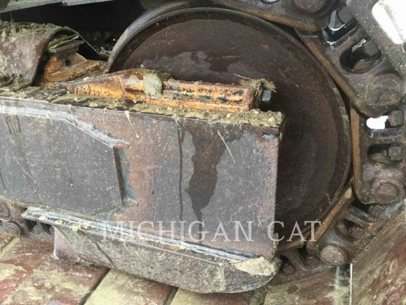CATERPILLAR TRACK EXCAVATORS 215C LC equipment  photo 21