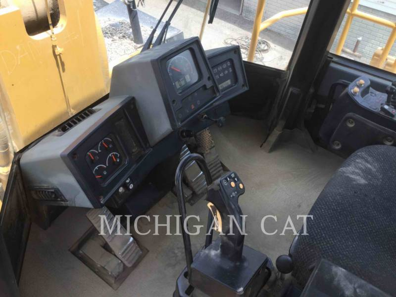 CATERPILLAR RADLADER/INDUSTRIE-RADLADER 988H equipment  photo 10
