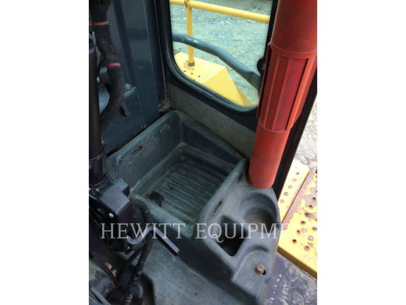 JOHN DEERE WHEEL LOADERS/INTEGRATED TOOLCARRIERS 824K equipment  photo 11