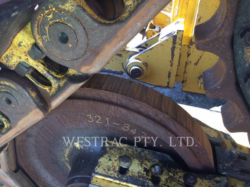 CATERPILLAR TRACK TYPE TRACTORS D6TVP equipment  photo 8