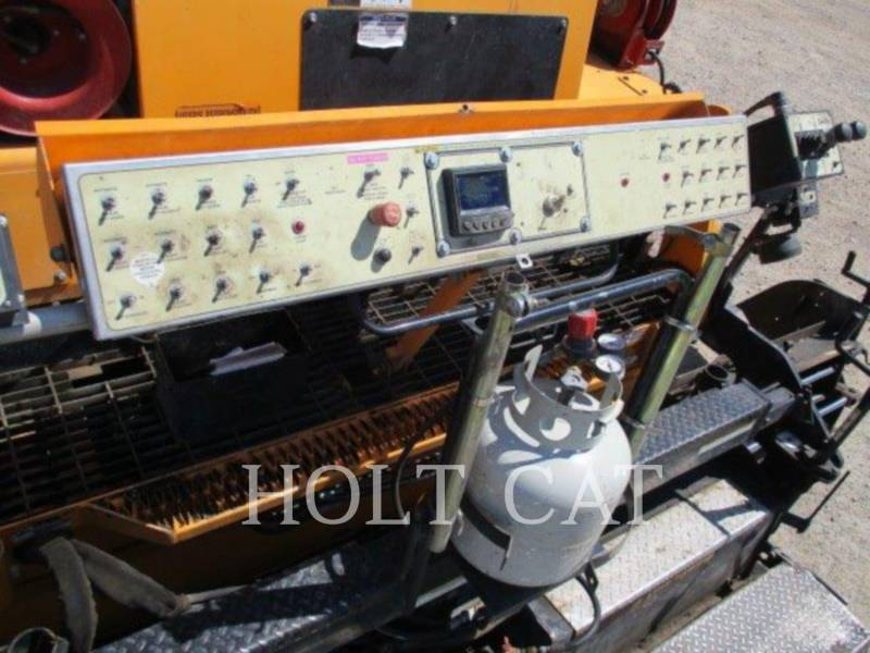 LEE-BOY SCHWARZDECKENFERTIGER 8515 E equipment  photo 9