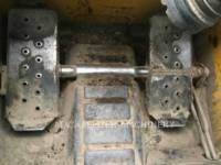 NEW HOLLAND LTD. CHARGEURS COMPACTS RIGIDES L225 equipment  photo 19
