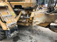 CATERPILLAR DUMPER ARTICOLATI 725 equipment  photo 12