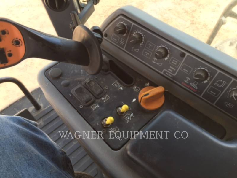 GLEANER COMBINES S77 equipment  photo 7