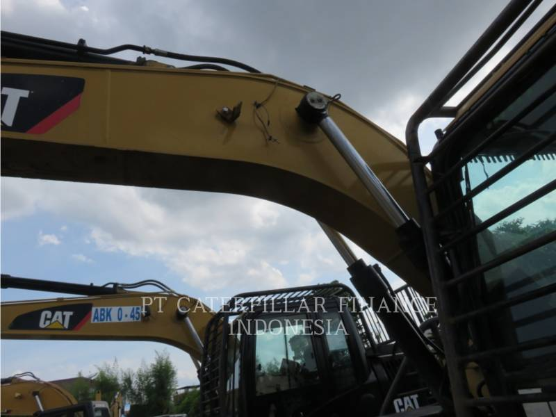 CATERPILLAR EXCAVADORAS DE CADENAS 313D2LGP equipment  photo 6