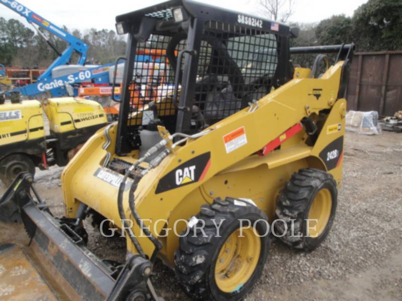 CATERPILLAR SKID STEER LOADERS 242B3 equipment  photo 17