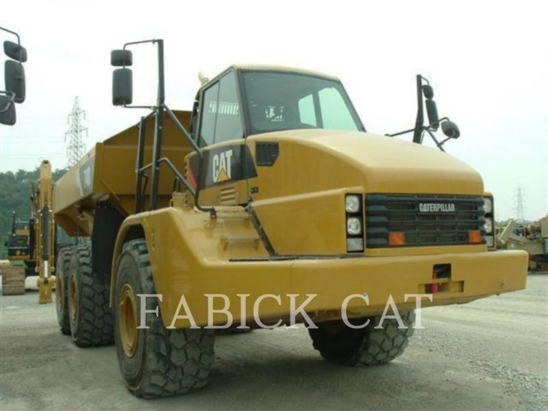 CATERPILLAR KNIKGESTUURDE TRUCKS 740 equipment  photo 1