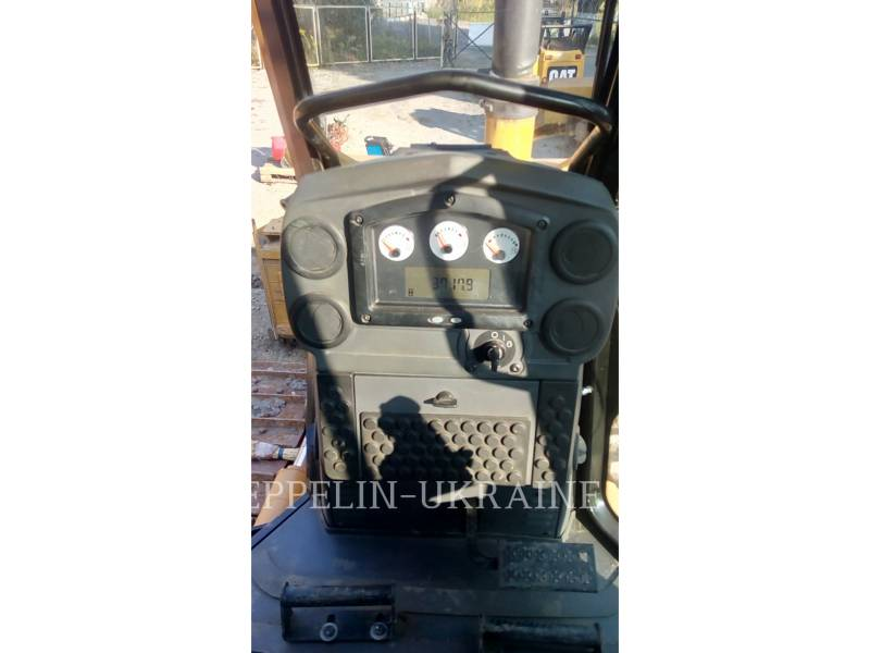 CATERPILLAR TRACTORES DE CADENAS D6KXL equipment  photo 13