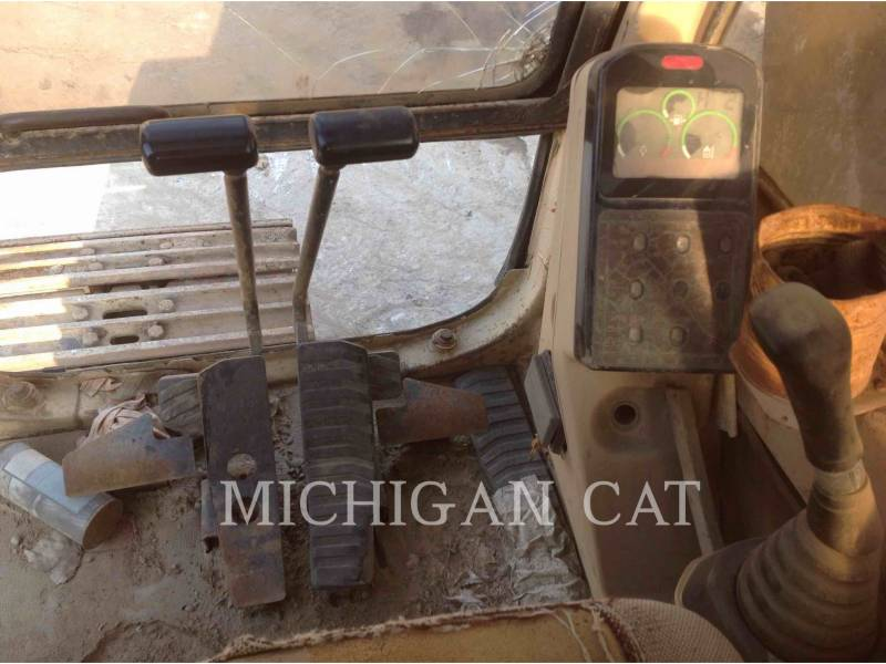 CATERPILLAR TRACK EXCAVATORS 330L equipment  photo 9