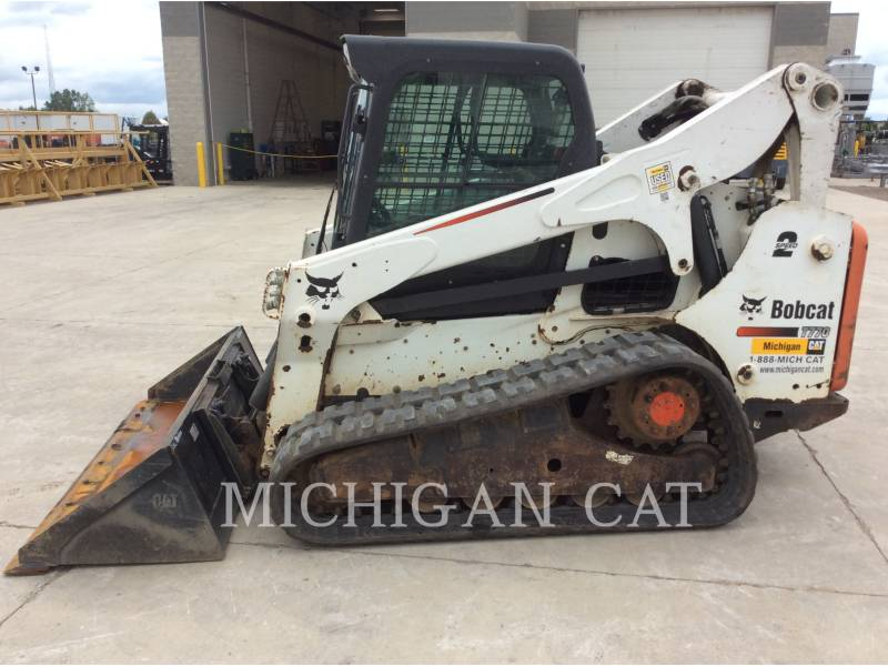 BOBCAT CARGADORES MULTITERRENO T770 equipment  photo 11