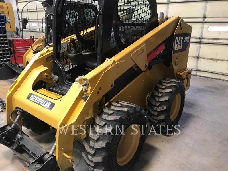 CATERPILLAR CHARGEURS COMPACTS RIGIDES 246 D equipment  photo 2