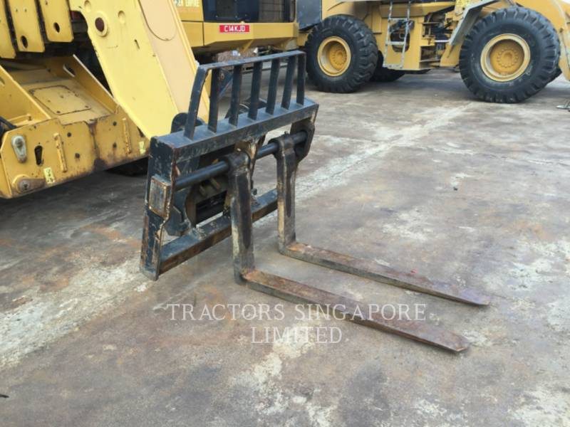 CATERPILLAR TELEHANDLER TH417 equipment  photo 6