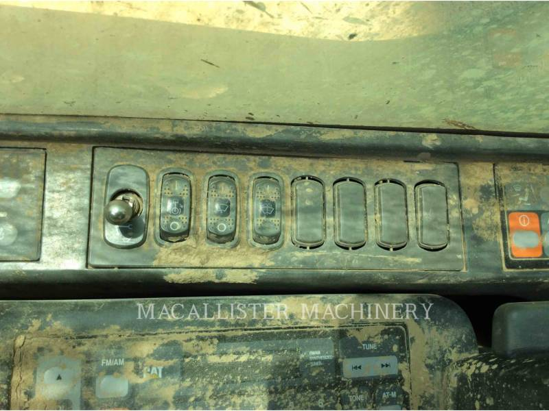 CATERPILLAR TRACK EXCAVATORS 345CL equipment  photo 13