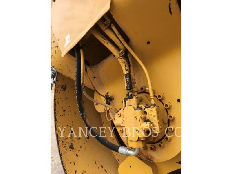 CATERPILLAR COMPACTORS CB-564D equipment  photo 12