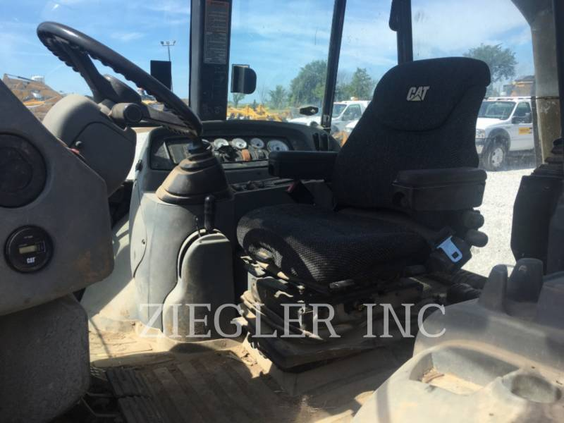 CATERPILLAR BACKHOE LOADERS 420DIT equipment  photo 5