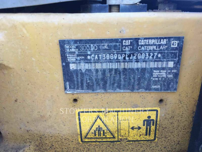 CATERPILLAR PELLES SUR CHAINES 300.9D equipment  photo 5