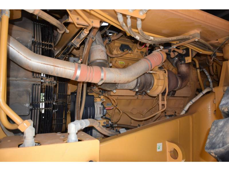 CATERPILLAR 鉱業用ダンプ・トラック 773 G equipment  photo 9