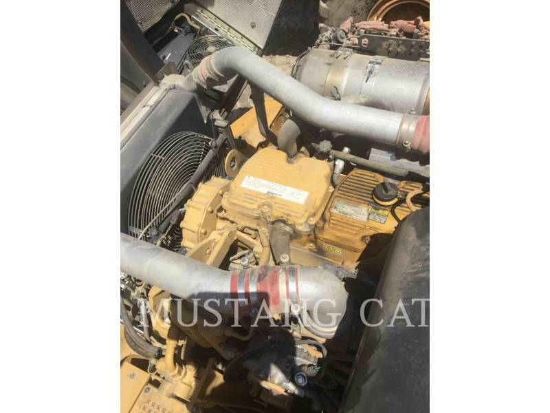 CATERPILLAR CAMIONES ARTICULADOS 740B equipment  photo 7