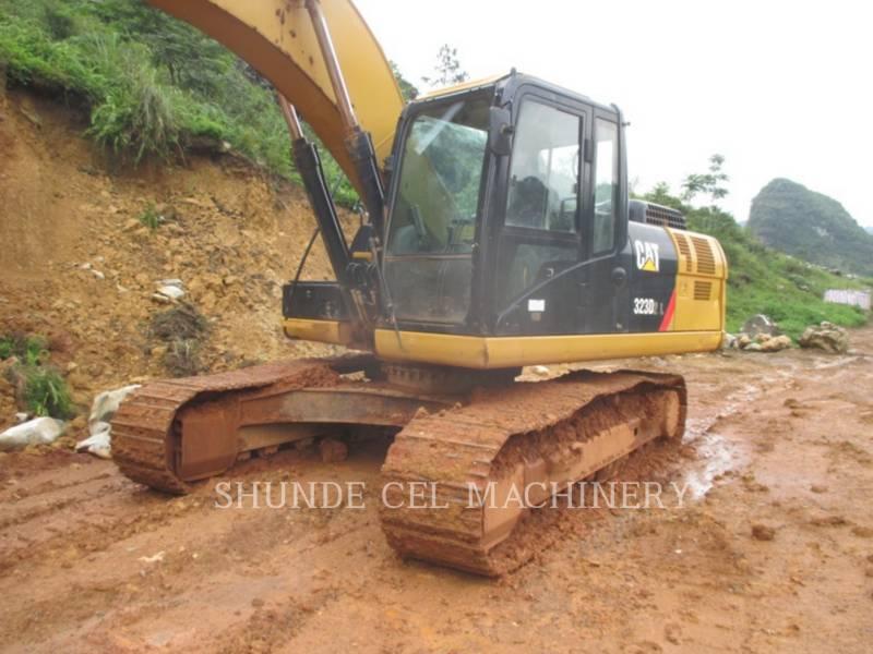 CATERPILLAR 履带式挖掘机 323D2L equipment  photo 1