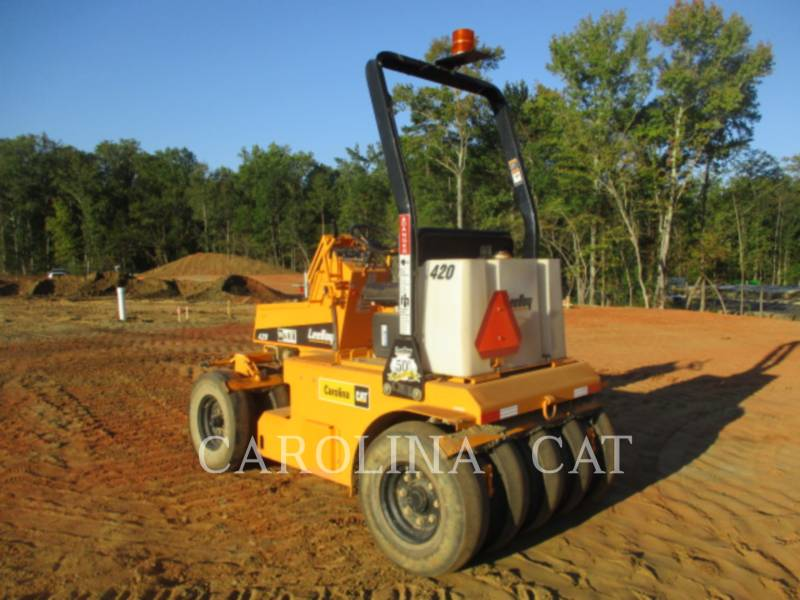 LEE-BOY COMPACTEURS 420 equipment  photo 4