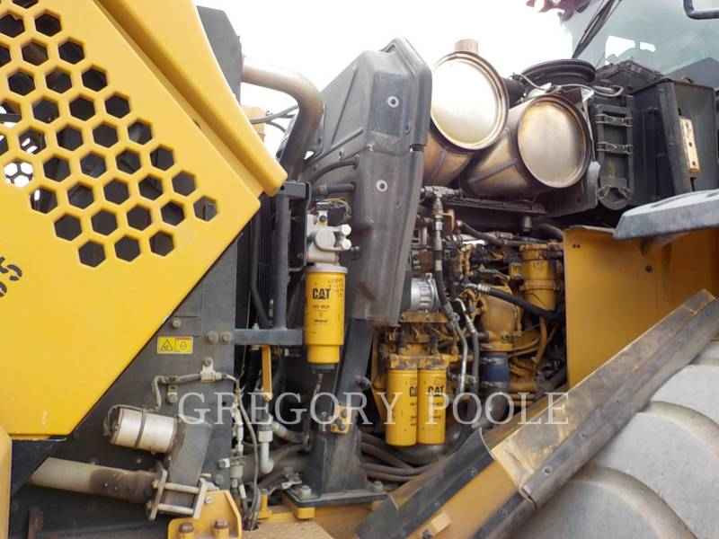Caterpillar ÎNCĂRCĂTOARE PE ROŢI/PORTSCULE INTEGRATE 966M equipment  photo 17