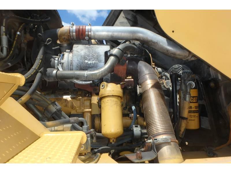 CATERPILLAR CAMIONES ARTICULADOS 740 equipment  photo 10