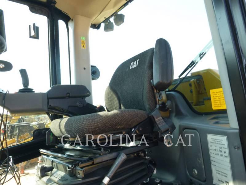 CATERPILLAR VIBRATORY TANDEM ROLLERS CS64B CB equipment  photo 7
