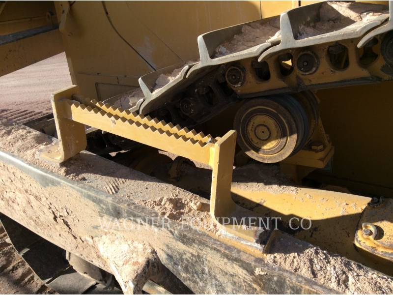 CATERPILLAR TRACTORES DE CADENAS D6T XL equipment  photo 23
