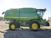 Equipment photo DEERE & CO. S550 COMBINES 1