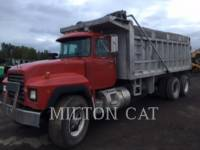 Equipment photo MACK RD688S CAMIONES DE CARRETER 1