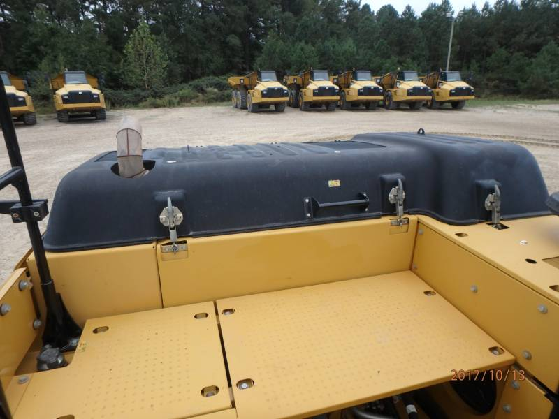 CATERPILLAR KETTEN-HYDRAULIKBAGGER 329EL equipment  photo 24
