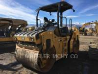 Equipment photo CATERPILLAR CB 44 B ROLO COMPACTADOR DE ASFALTO DUPLO TANDEM 1