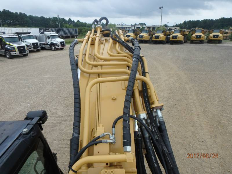 CATERPILLAR TRACK EXCAVATORS 320DLRR equipment  photo 23