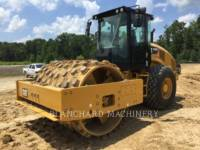 CATERPILLAR COMPACTEUR VIBRANT, MONOCYLINDRE LISSE CS66B equipment  photo 1
