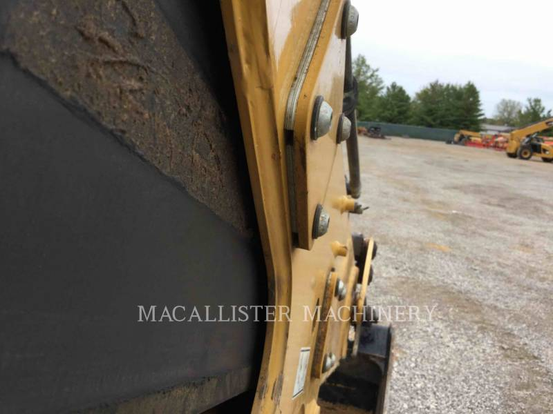 CATERPILLAR TERNE 420FST equipment  photo 22