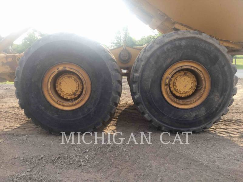 CATERPILLAR ARTICULATED TRUCKS 740 T equipment  photo 16