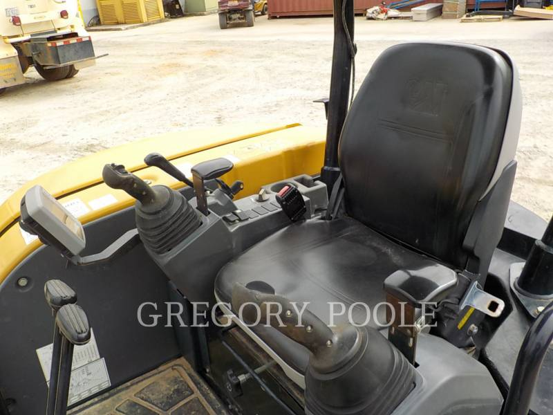 CATERPILLAR トラック油圧ショベル 303.5E equipment  photo 24