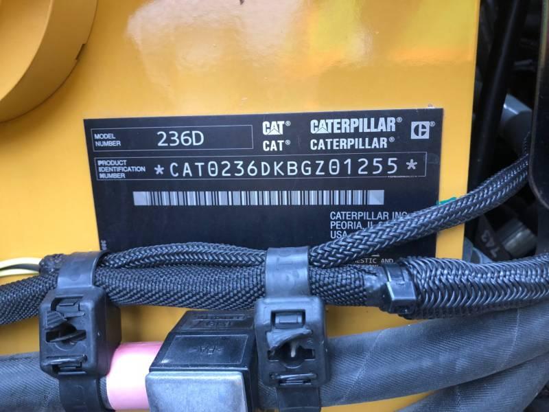 CATERPILLAR SKID STEER LOADERS 236D equipment  photo 24