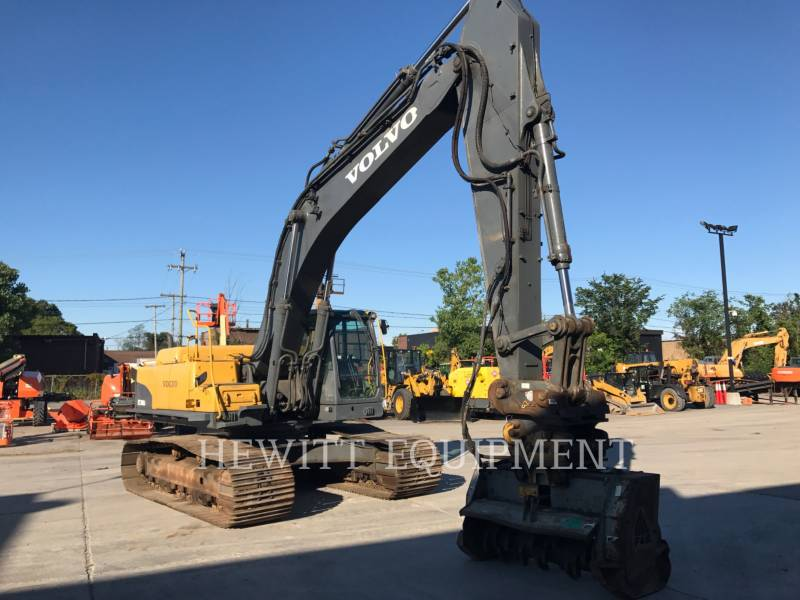 VOLVO TRACK EXCAVATORS EC360C equipment  photo 3