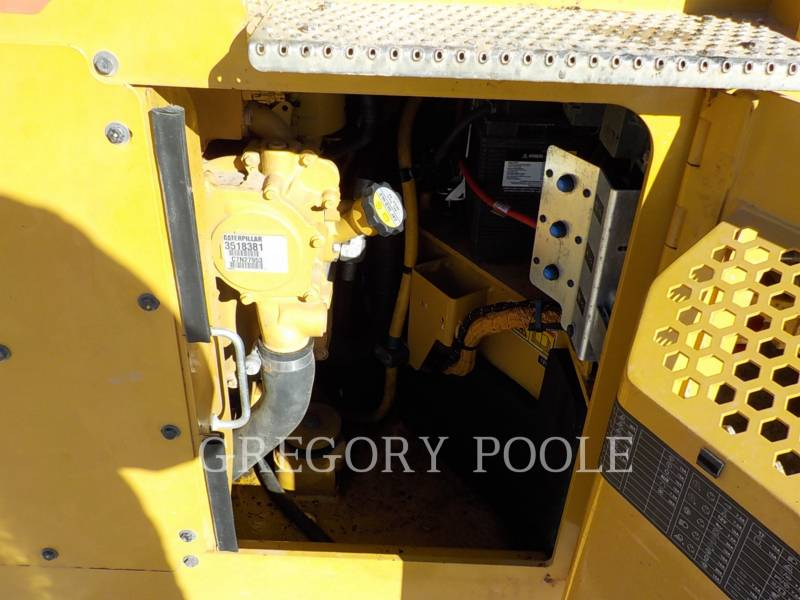 CATERPILLAR TAMBOR DOBLE VIBRATORIO ASFALTO CB54B equipment  photo 19