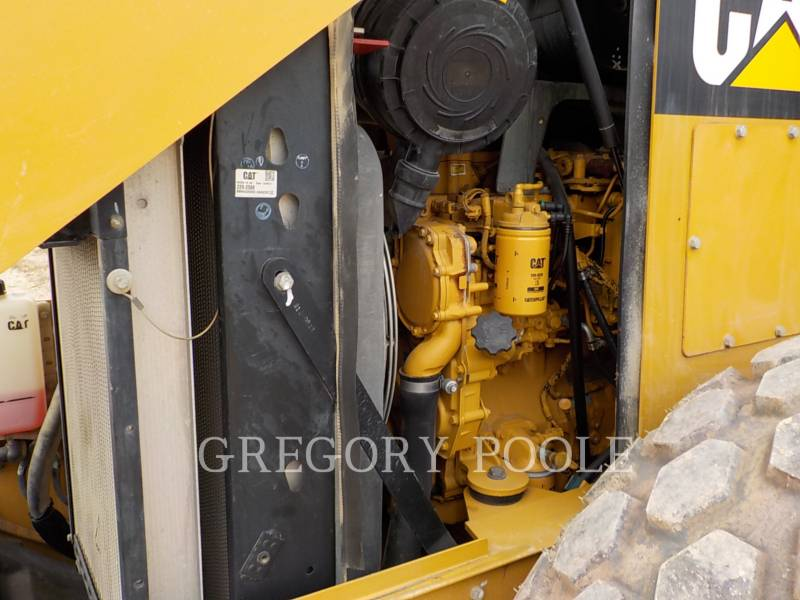 CATERPILLAR VIBRATORY SINGLE DRUM SMOOTH CS54 equipment  photo 22