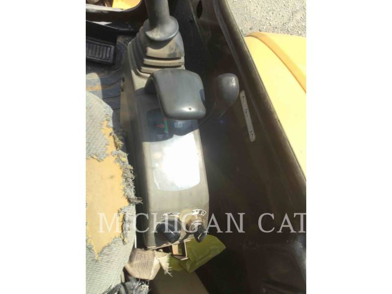 CATERPILLAR TRACK EXCAVATORS 305CR equipment  photo 13