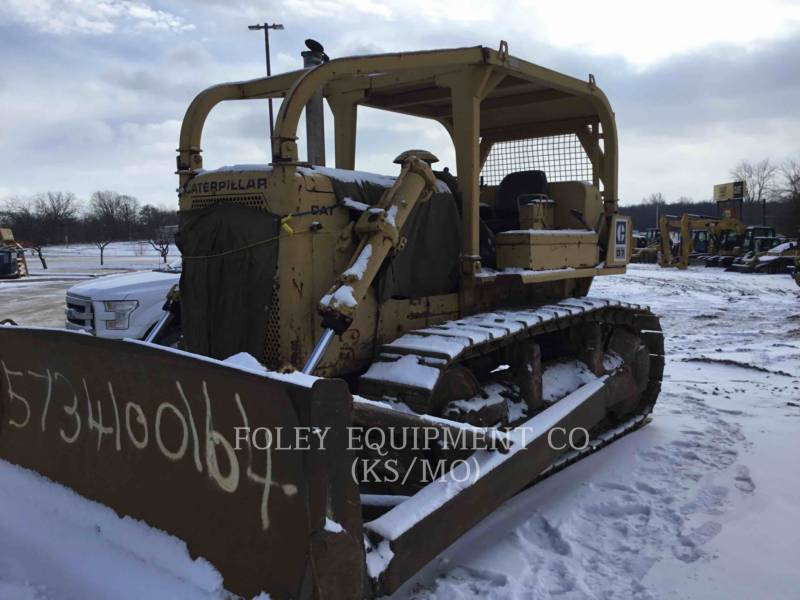 CATERPILLAR TRACTEURS SUR CHAINES D7F equipment  photo 3