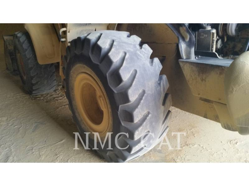 CATERPILLAR WHEEL LOADERS/INTEGRATED TOOLCARRIERS 821E equipment  photo 2