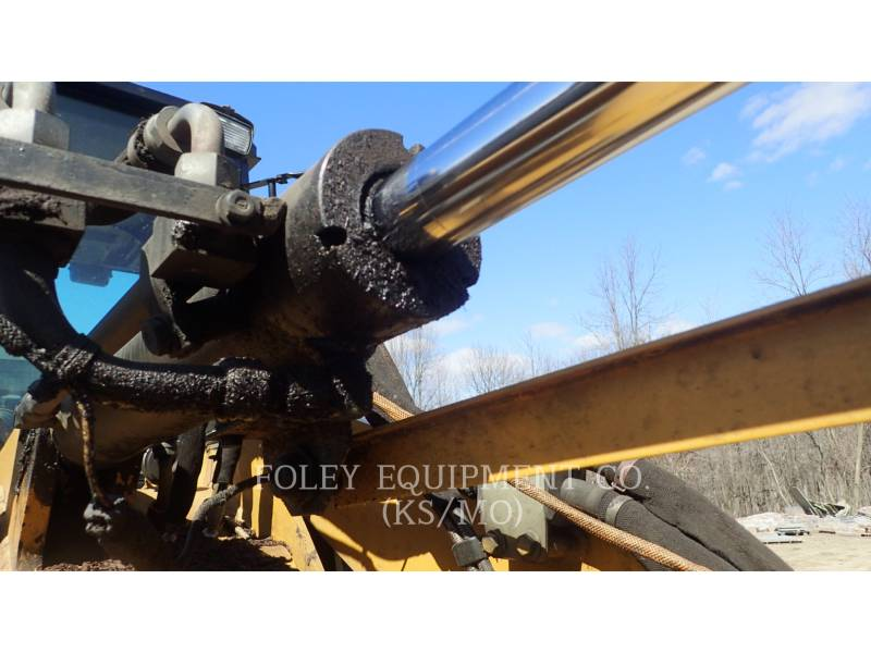 CATERPILLAR WHEEL LOADERS/INTEGRATED TOOLCARRIERS 904B equipment  photo 16