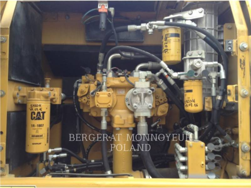 CATERPILLAR EXCAVADORAS DE CADENAS 329DLN equipment  photo 6