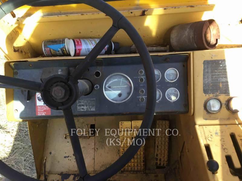 JOHN DEERE WHEEL TRACTOR SCRAPERS 760A equipment  photo 20