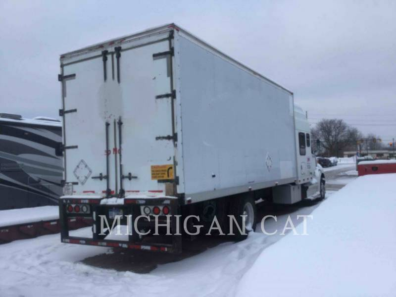 STERLING CAMIONS ROUTIERS CARGO TRUCK equipment  photo 3